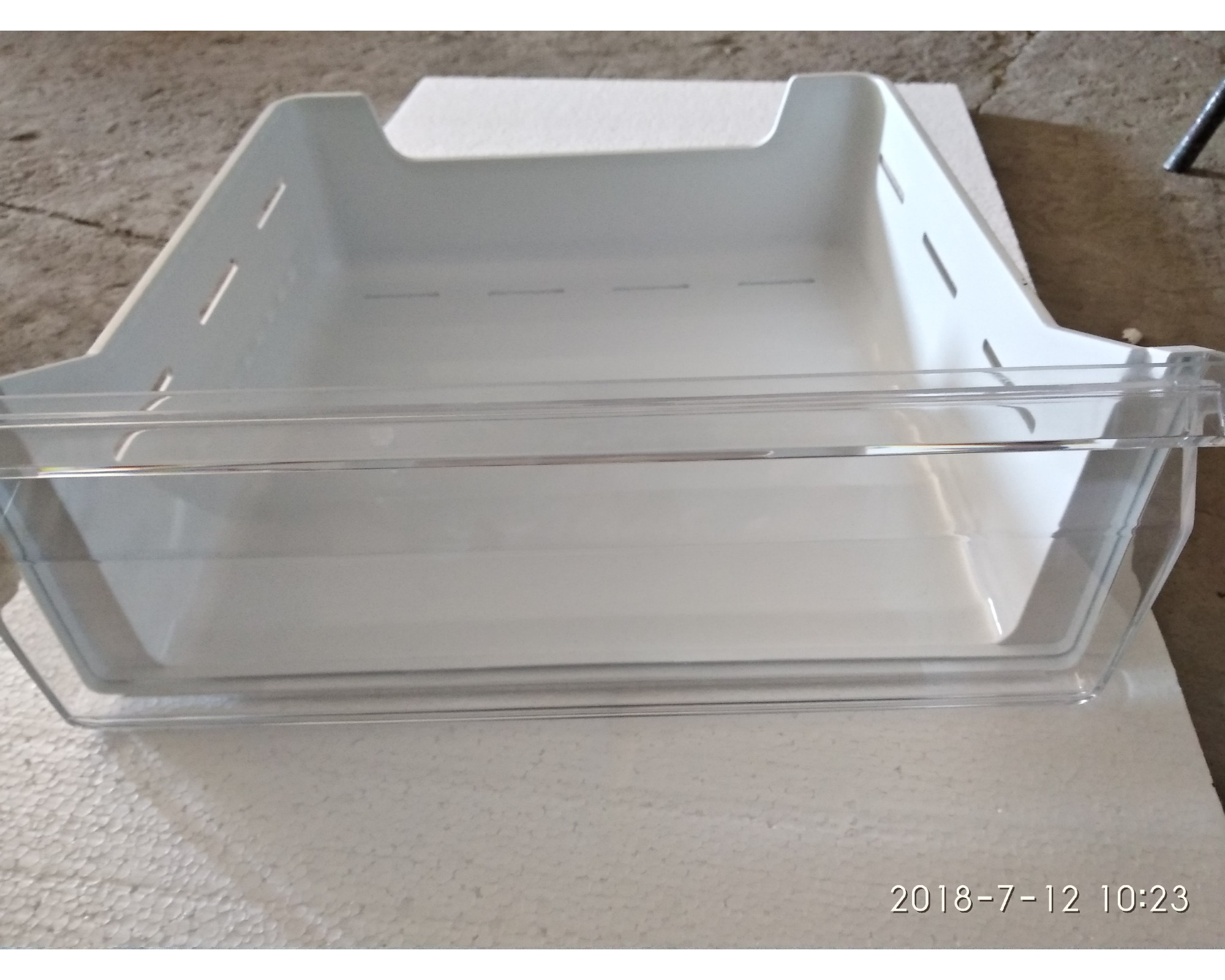 Кошик морозильної камери (B239)